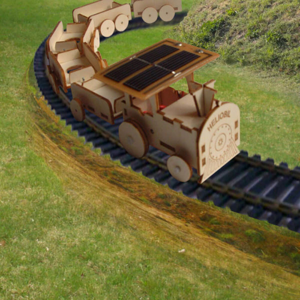 Train Wagons Sculpture Bois Energie Solaire